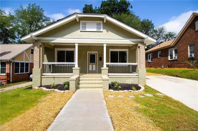 Charlotte Single Family Home For Sale: 420 Woodvale Place