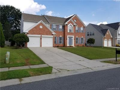 Single Family Home For Sale: 8120 Noland Woods Drive