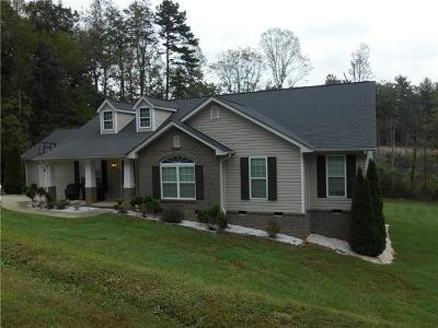 Caldwell County Single Family Home For Sale: 2055 Piper Ridge Drive