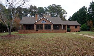 Clover, Lake Wylie Single Family Home For Sale: 4557 Island Forks Road