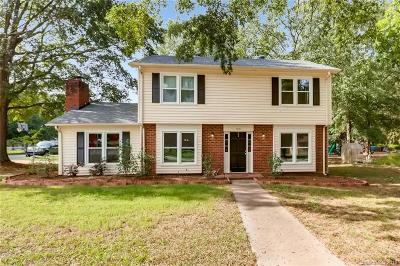 Indian Trail Single Family Home For Sale: 7901 Beacon Hills Road #1