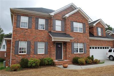 Mocksville Single Family Home For Sale: 211 New Hampshire Court
