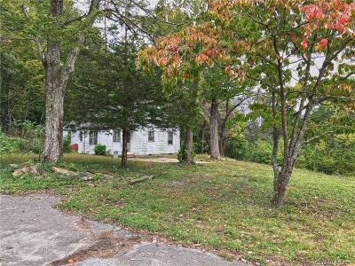 Hot Springs NC Single Family Home For Sale: $115,000