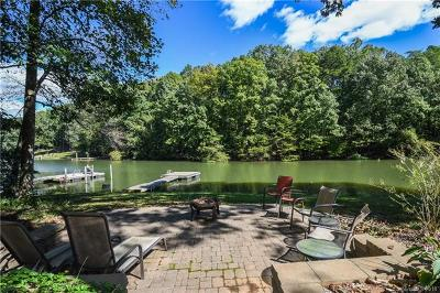 Single Family Home For Sale: 141 Brookridge Lane