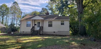 Charlotte NC Single Family Home For Sale: $159,000