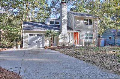 Charlotte Single Family Home For Sale: 8020 Park Vista Circle