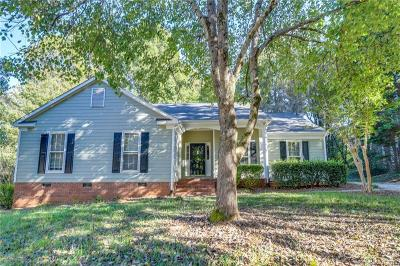 Single Family Home For Sale: 12420 Bluff Meadow Trail