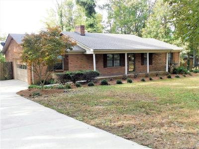 Oakboro Single Family Home Under Contract-Show: 118 Eastway Drive