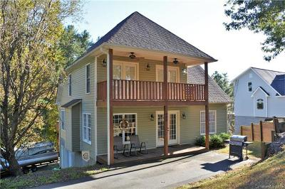 Hickory Single Family Home For Sale: 909 36th Avenue NW