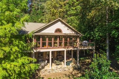 Single Family Home Under Contract-Show: 508 Caledonia Loop