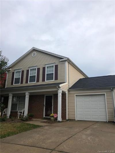 Single Family Home Under Contract-Show: 3062 Champion Lane SW #36