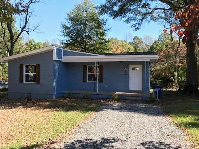 Statesville Single Family Home Under Contract-Show: 527 Elam Avenue