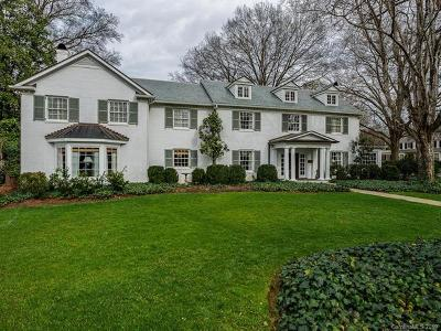 Charlotte Single Family Home For Sale: 2241 Pinewood Circle