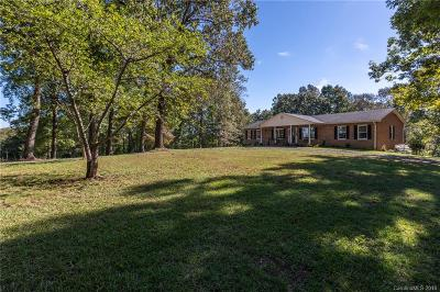 Rutherfordton Single Family Home Under Contract-Show: 280 Bennett Road