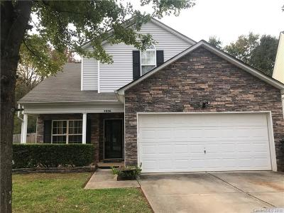 Single Family Home Under Contract-Show: 3006 Robin Terry Court