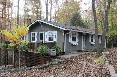 Pisgah Forest Single Family Home For Sale: 409 Bass Lake Drive
