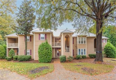 Sedgefield Condo/Townhouse Under Contract-Show: 3220 Selwyn Farms Lane #6