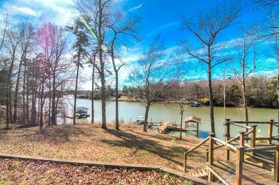 Charlotte Single Family Home For Sale: 13842 Woody Point Road