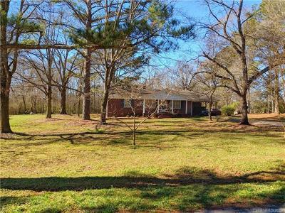 Peachland Single Family Home For Sale: 1689 Deep Springs Church Road