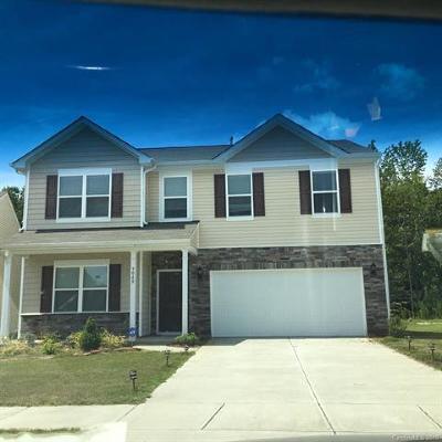 Charlotte Single Family Home For Sale: 9048 Magnolia Lily Avenue