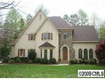 Matthews Single Family Home For Sale: 6050 Bluebird Hill Lane