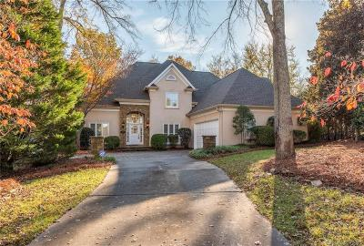 Charlotte Single Family Home For Sale: 6801 Linkside Court