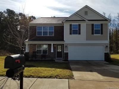 Charlotte Single Family Home For Sale: 2720 Golden Rose Lane