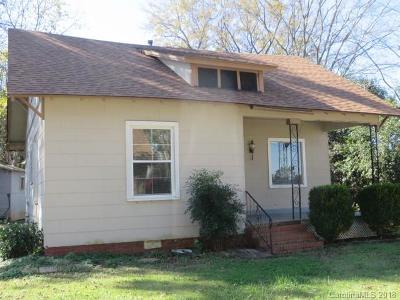 Pineville NC Single Family Home For Sale: $150,000