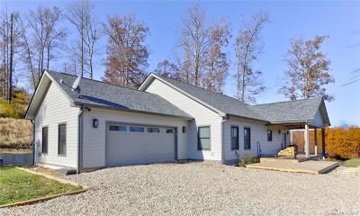 Hendersonville Single Family Home For Sale: 645 Silverglen Way #61