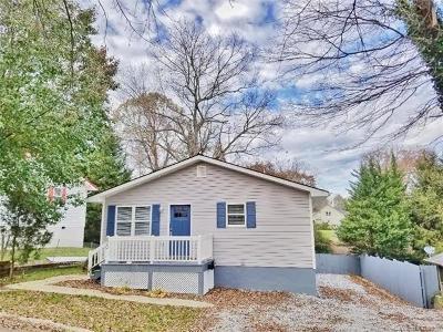 Hendersonville Single Family Home For Sale: 800 Sam Mills Street