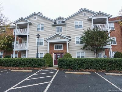 Condo/Townhouse Under Contract-Show: 10642 Hill Point Court