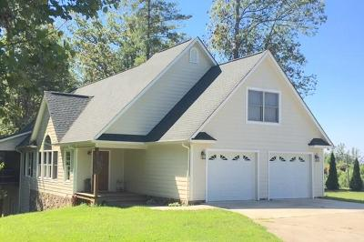 Single Family Home For Sale: 2419 Lake Forest Cove