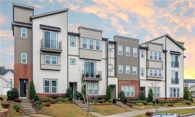 Charlotte Condo/Townhouse For Sale: 3220 Moss Lane