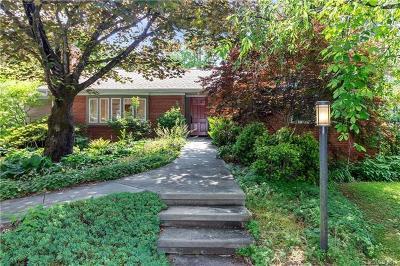 Brevard Single Family Home For Sale: 231 Maple Street