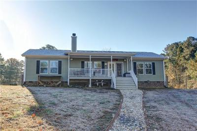 Single Family Home Under Contract-Show: 111 Fisherman Cove