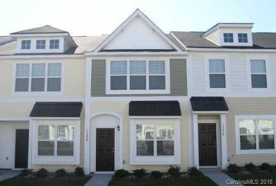 Charlotte Condo/Townhouse For Sale: 13462 Calloway Glen Drive