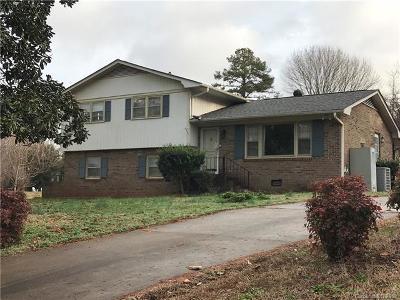 Single Family Home For Sale: 10622 Arlington Church Road