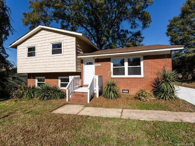 Charlotte Single Family Home For Sale: 2415 Abelwood Road