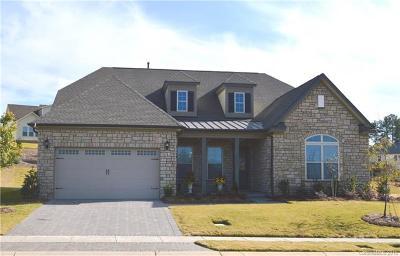 Charlotte Single Family Home For Sale: 15417 Topanga Drive #116