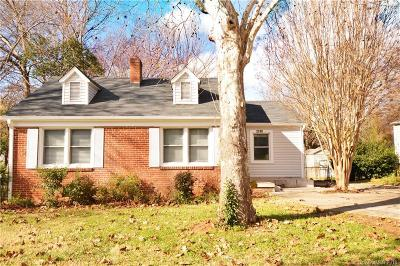 Charlotte Single Family Home Under Contract-Show: 2748 Mayflower Road