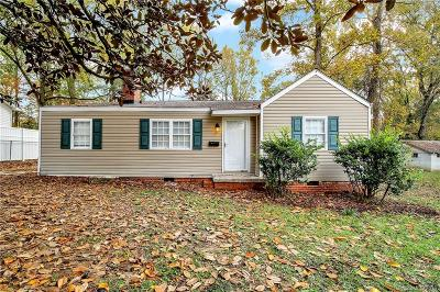Single Family Home Under Contract-Show: 811 Woodland Drive