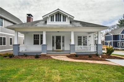 Asheville Single Family Home For Sale: 597 Fairview Road