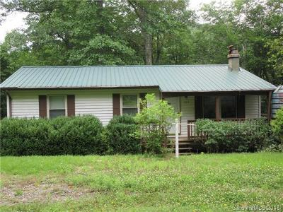 Spruce Pine NC Single Family Home For Sale: $134,900