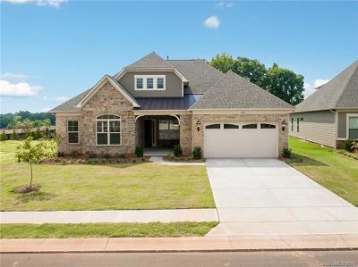Single Family Home For Sale: 1022 Wellington Avenue #102