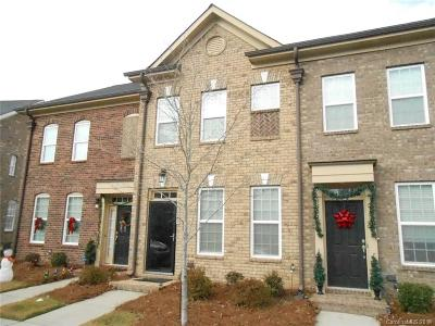 Davidson Condo/Townhouse Under Contract-Show: 15820 Sharon Dale Drive