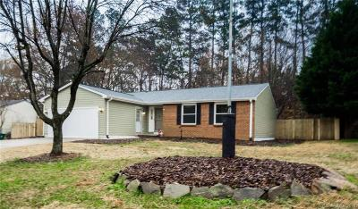 Single Family Home Under Contract-Show: 8912 Touchstone Lane