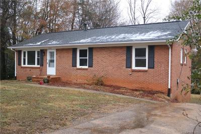 Gastonia Single Family Home For Sale: 952 Canterbury Court
