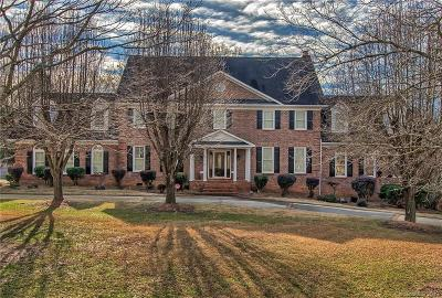 Matthews Single Family Home For Sale: 2225 Greenbrook Parkway