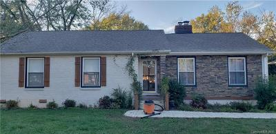 Charlotte Single Family Home For Sale: 5214 Seacroft Road