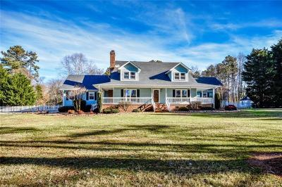 Single Family Home For Sale: 13500 Hiwassee Road
